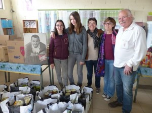 Comme chaque année pour un carême Solidaire , un bol de riz a été organisé pour tous les élèves volontaires du collège Saint Jean (81) - Apprentis d'Auteuil