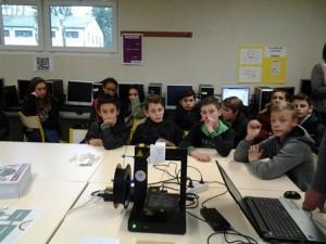L'impression 3D est venue jusqu'au collège Saint Jean (81) avec 2 intervenants de Orange solidarité. Année des arts et de la culture des Apprentis d'Auteuil